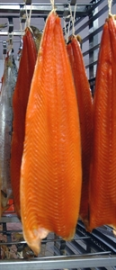 Picture of Salmon smoked vertical, whole fillet, skin on, size 600-900 gr